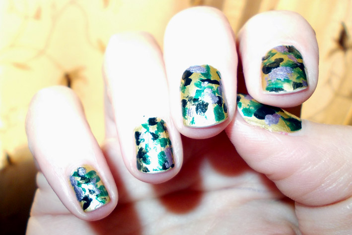 Green Army Camo Nail Art