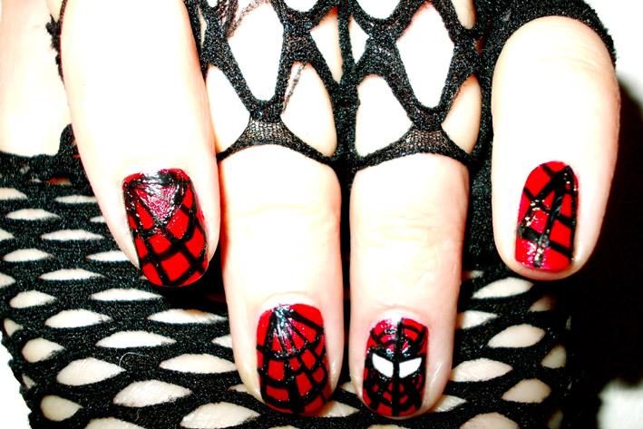 Movie inspired Spiderman Nail Art