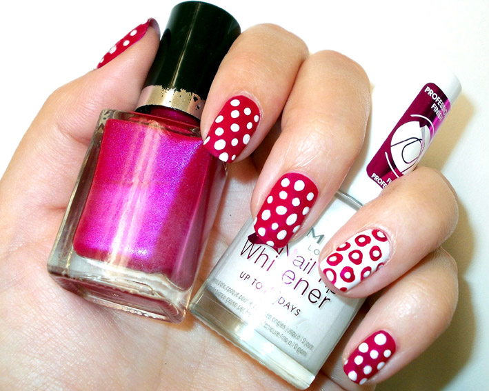 Pink White Polka Dots Nail Art