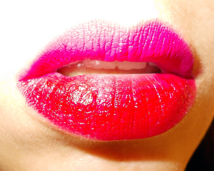 Two tone lipstick look