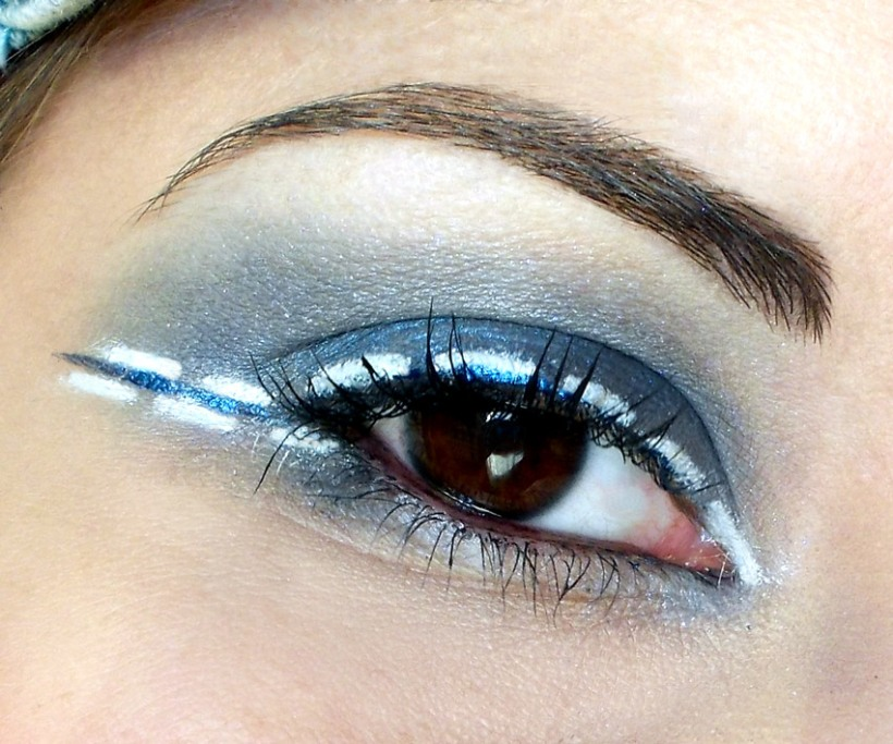 Blue Jeans Party MakeUp eye liner