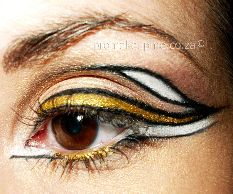 White Gold Liquid Liner Makeup closeup
