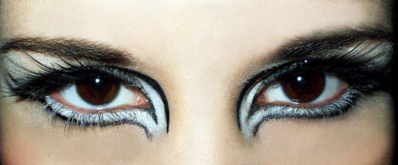 Black White Winged Liner MakeUp