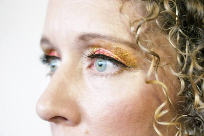 Red Gold Belly Dancing Stage MakeUp shimmer