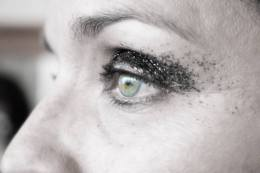 Black Smokey Eye Glitter MakeUp stage