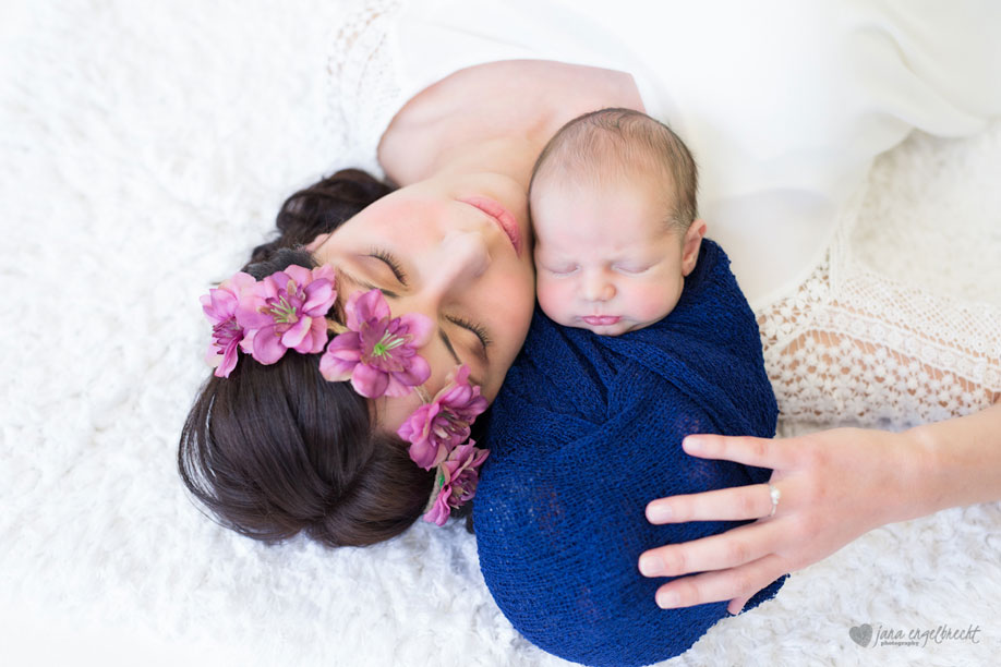 Riekie Newborn shoot MakeUp Artist and Hair 2 Durbanville Blouberg