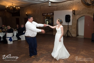 Mari Wedding MakeUp Dance