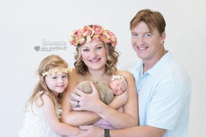 Madali Newborn Shoot Airbrush MakeUp Family